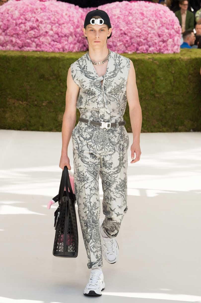 27c21dc46856 Fashion week  la touche haute couture de Dior homme