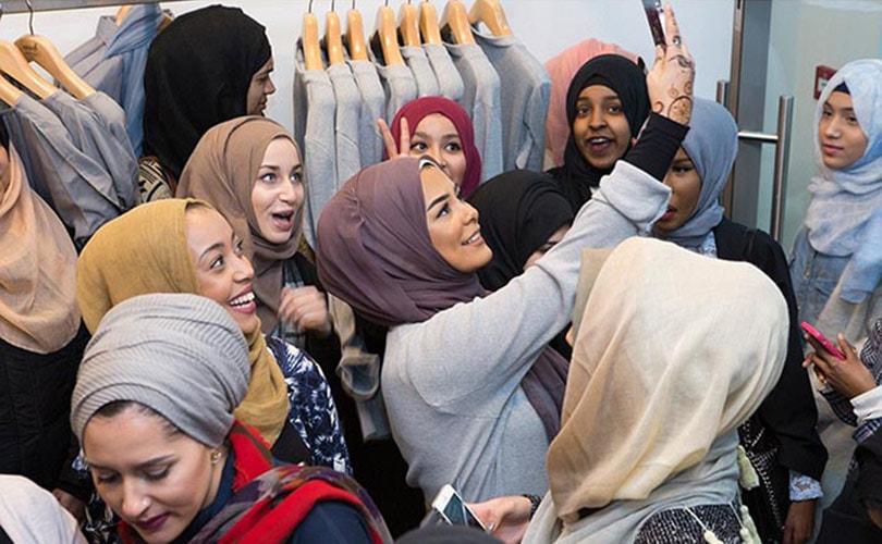 Modieuze moslima's: de vraag naar moslimmode groeit