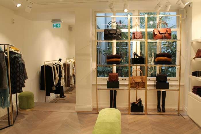kijken  dit is de eerste winkel van essentiel in nederland