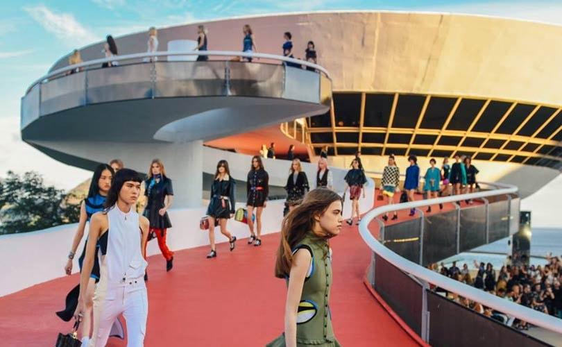 Cruise show Louis Vuitton vindt plaats in Miho Museum Japan