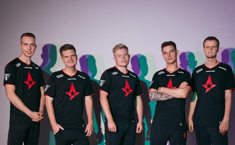 JACK & JONES AND ASTRALIS RELEASE THE NEW PLAYERS JERSEY AND MERCHANDISE COLLECTION